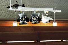Instalação no Santuário Pai das Misericórdias - Canção Nova - Fresnel LED com vara elétrica